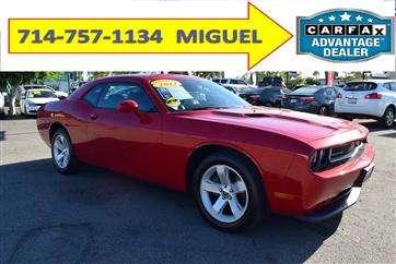 Excelente precio challenger 714-757-1134 autos a la venta