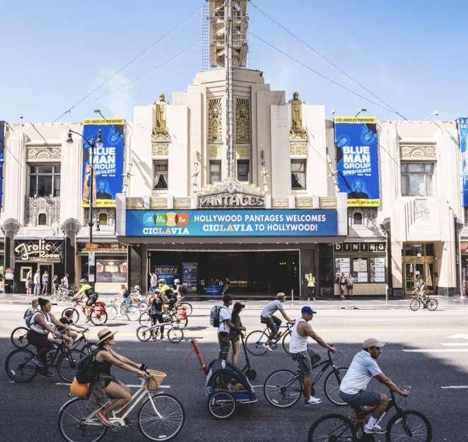 En Los Angeles las bicicletas cada dia ganan mas terreno